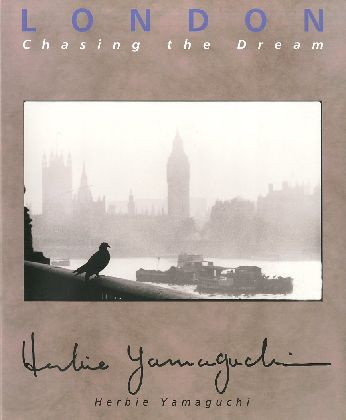 LONDON Chasing the Dream 【サイン入/Signed】